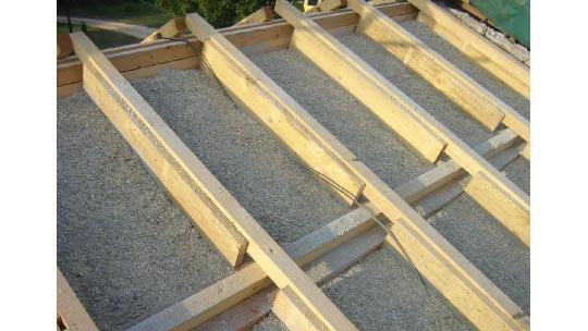 Dalle de toit isolante